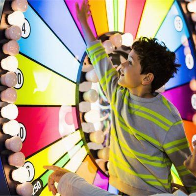 Boy_Big_Wheel